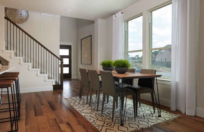 Nelson:Welcoming entryway into home