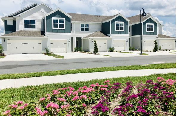 Exterior:Luxury New Construction Townhomes at Somerset Crossings by Pulte Homes