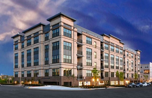 Brooklyn:Low-Maintenance, 1-Level Elevator Condos at MetroPark at Arrowbrook Featuring Easy Living with no St