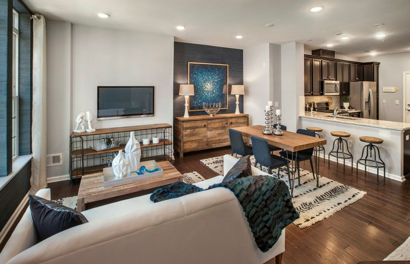 Bowery:Open floor plan on the main level