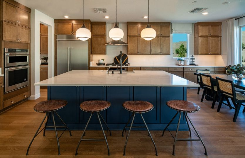 Tivoli:Expansive Kitchen