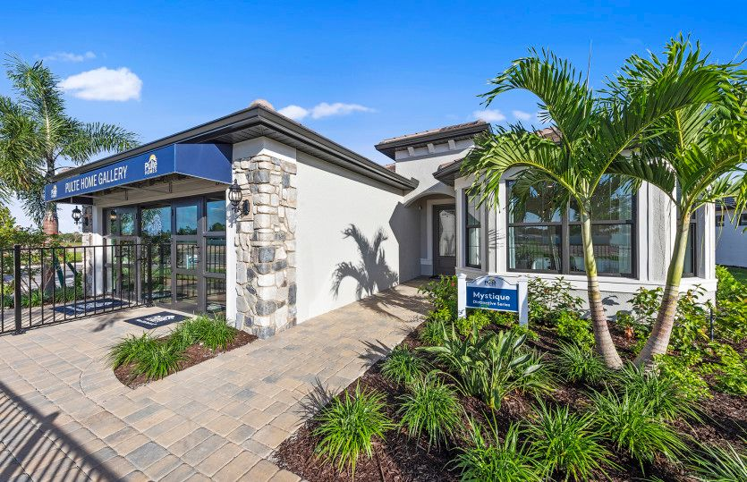 Mystique:Inviting exterior in this new construction home