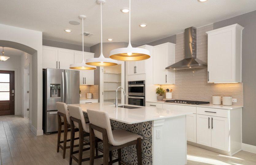 Hamilton:Open Concept Kitchen