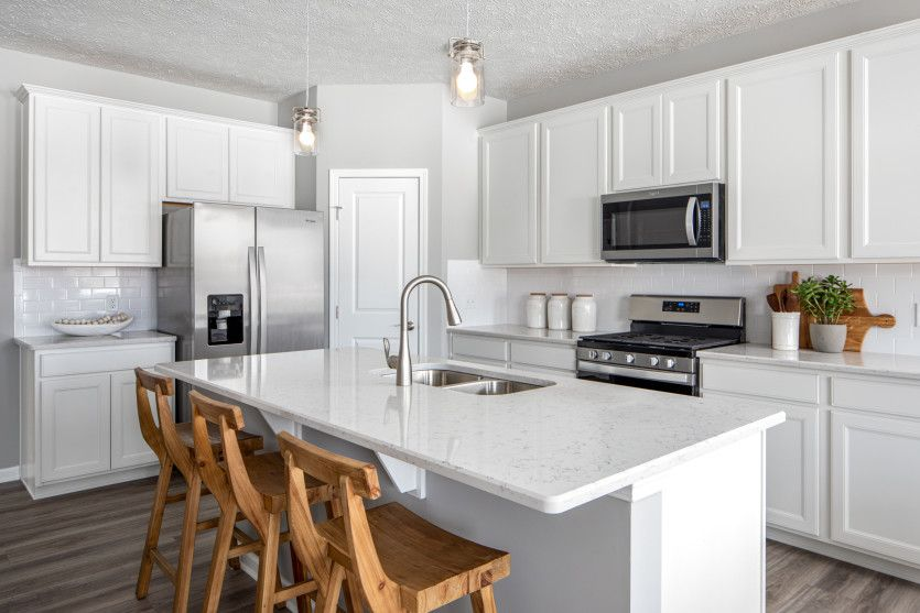 Hampton:Kitchen with Large Island for Additional Seating