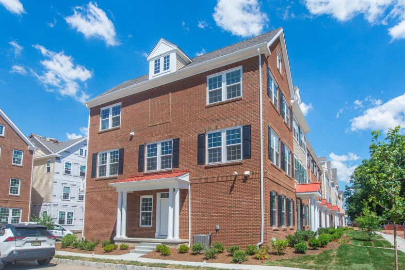 Exterior:Quick move-in Wright model townhome