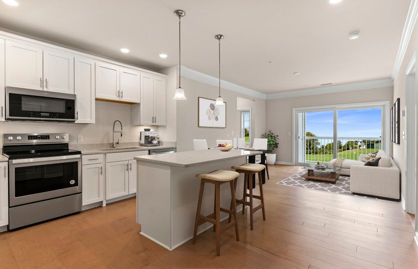 Franklin:Bright and Airy Kitchen