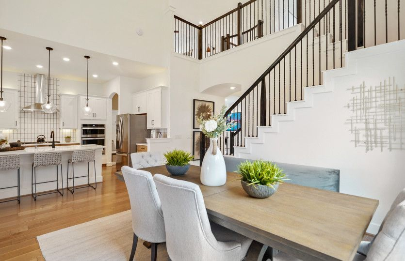 Amherst:2 Story Ceilings