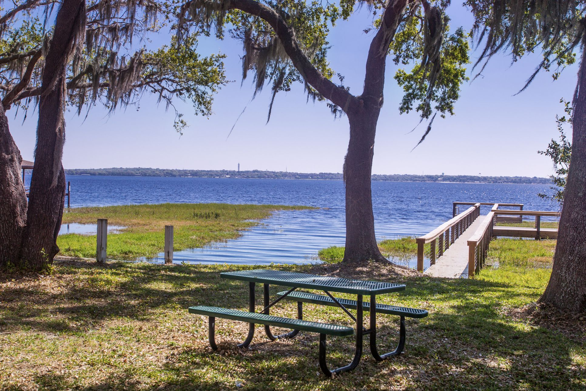 Lake Front Picnic Area