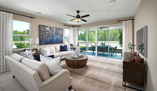 Traceland-JAX-Sapphire Family Room:The Sapphire