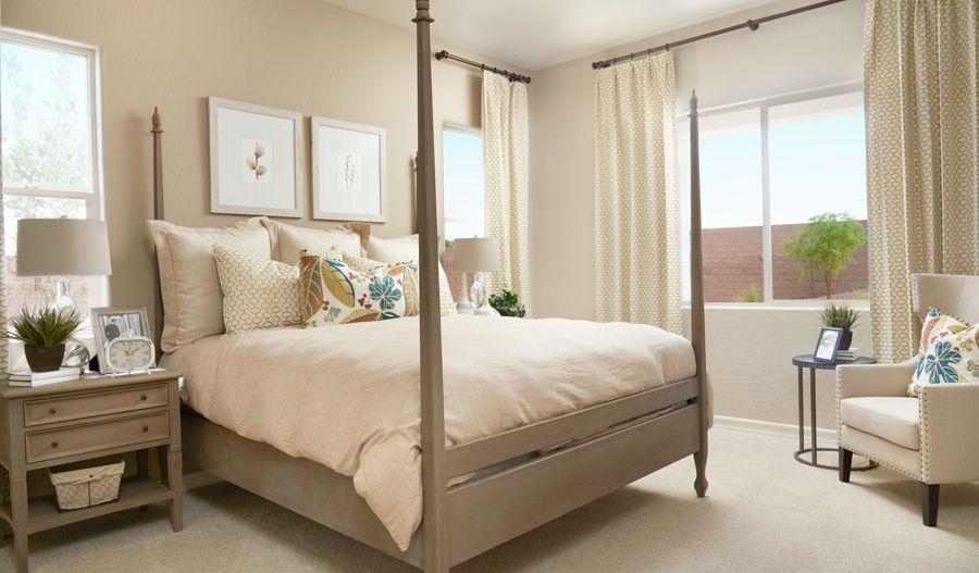 Stephen-LV-Owner's bedroom (Centennial Valley):The Stephen