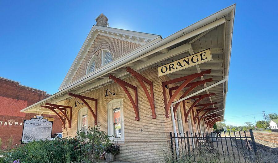 Orange-VA-Train Station:Train Station