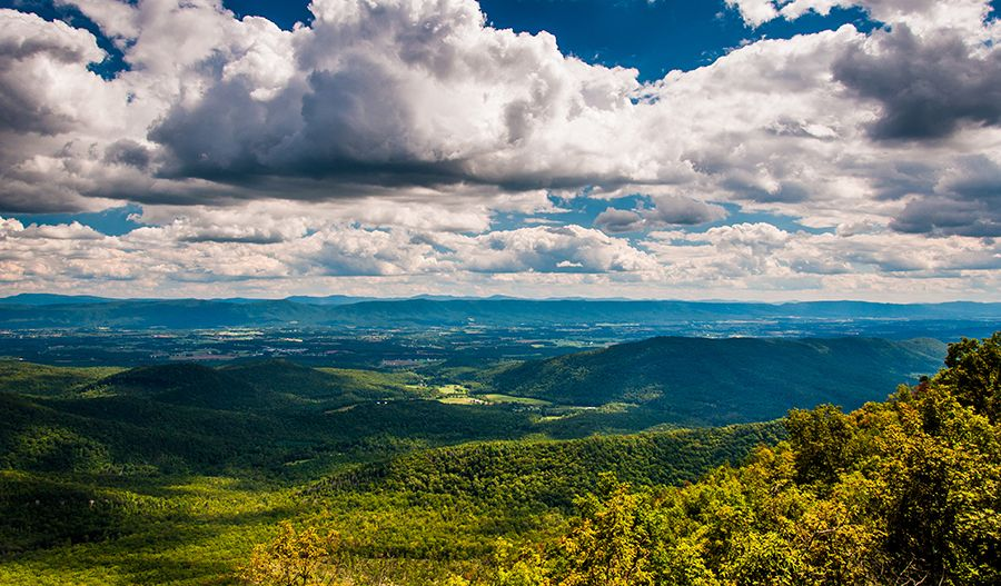 SeasonsAtCedarSpring-NVA-ShenandoahValley Stock Photo