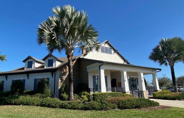Lake Club entry William Ryan Homes Tampa at BridgeWater in Lakeland Florida:William Ryan Homes at BridgeWater - Lakeland, Florida Lake Club Entry
