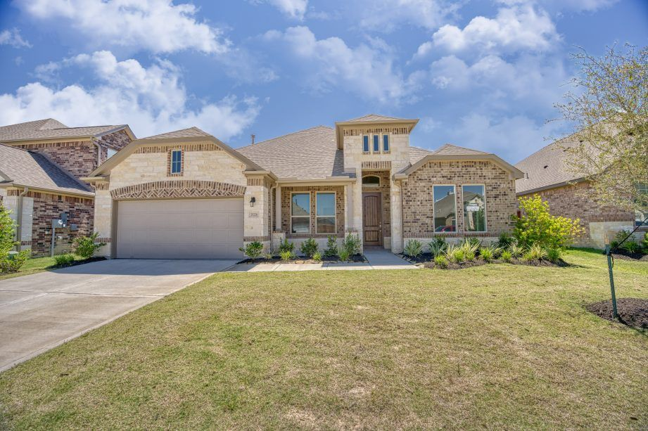 25226 Pastoral Trail