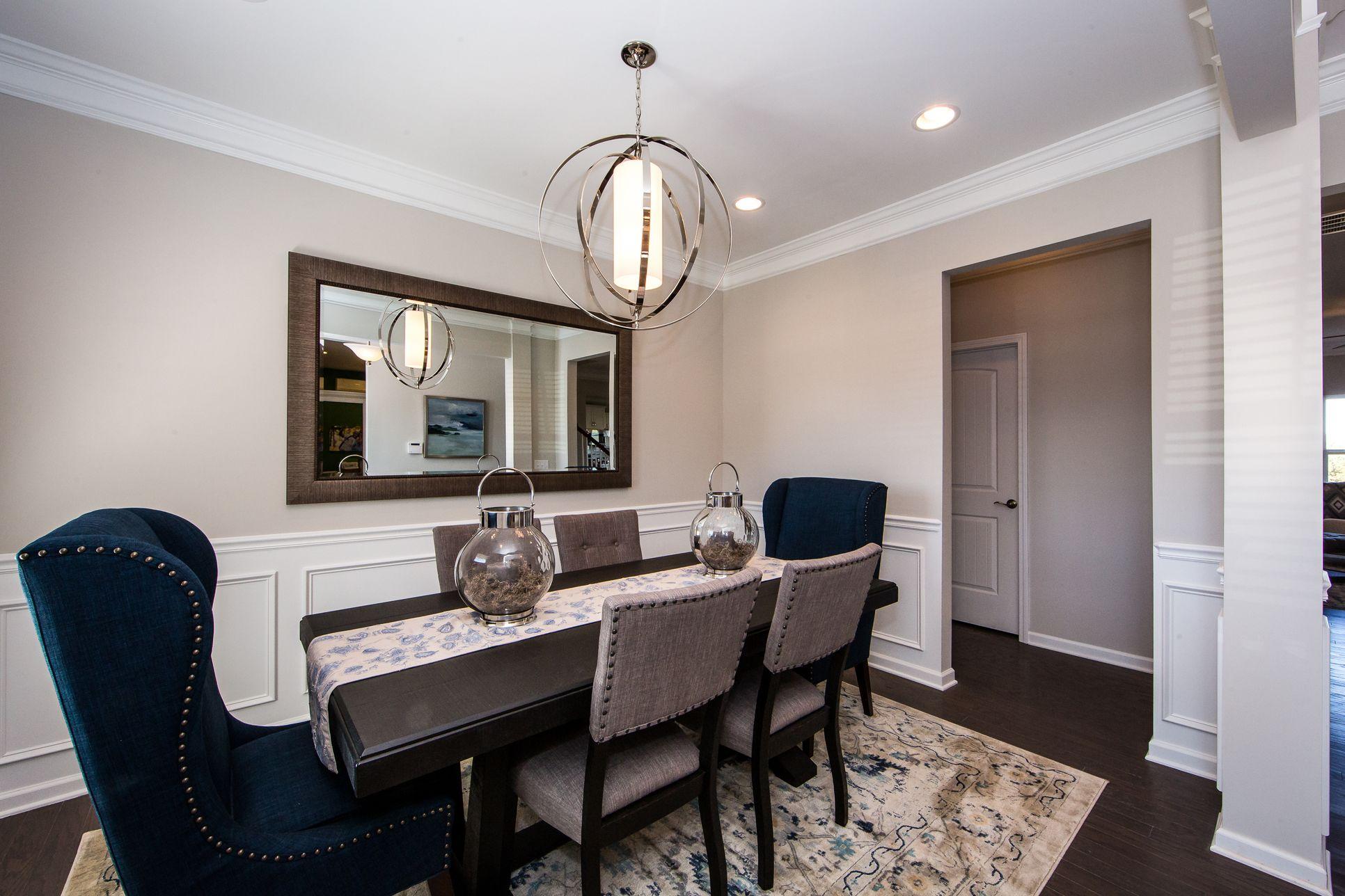 Buffington Flex Room:Living, Dining, Study or Bedroom