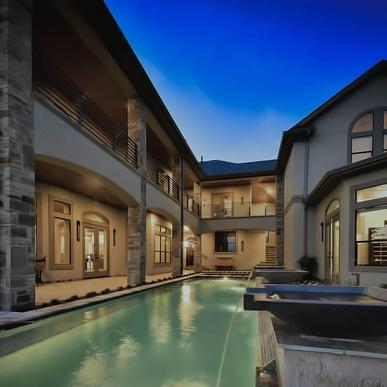 Capeview Cove:Modern Water Feature