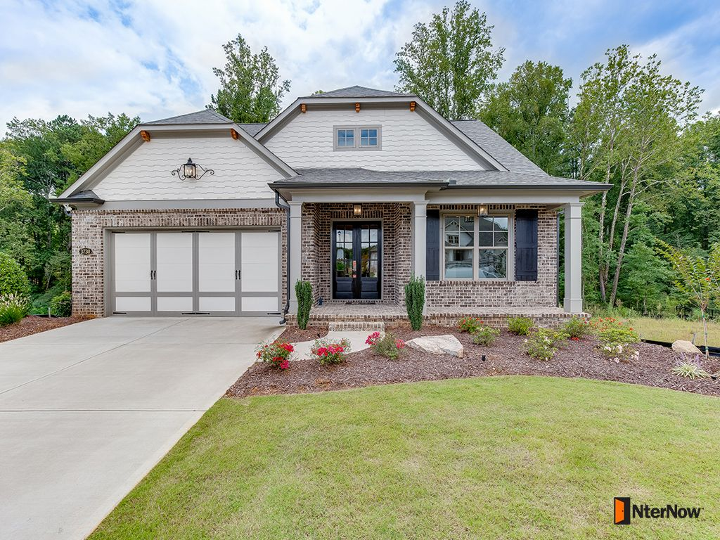 3 Sided Brick Ranch Home:with Double Door Front Entry