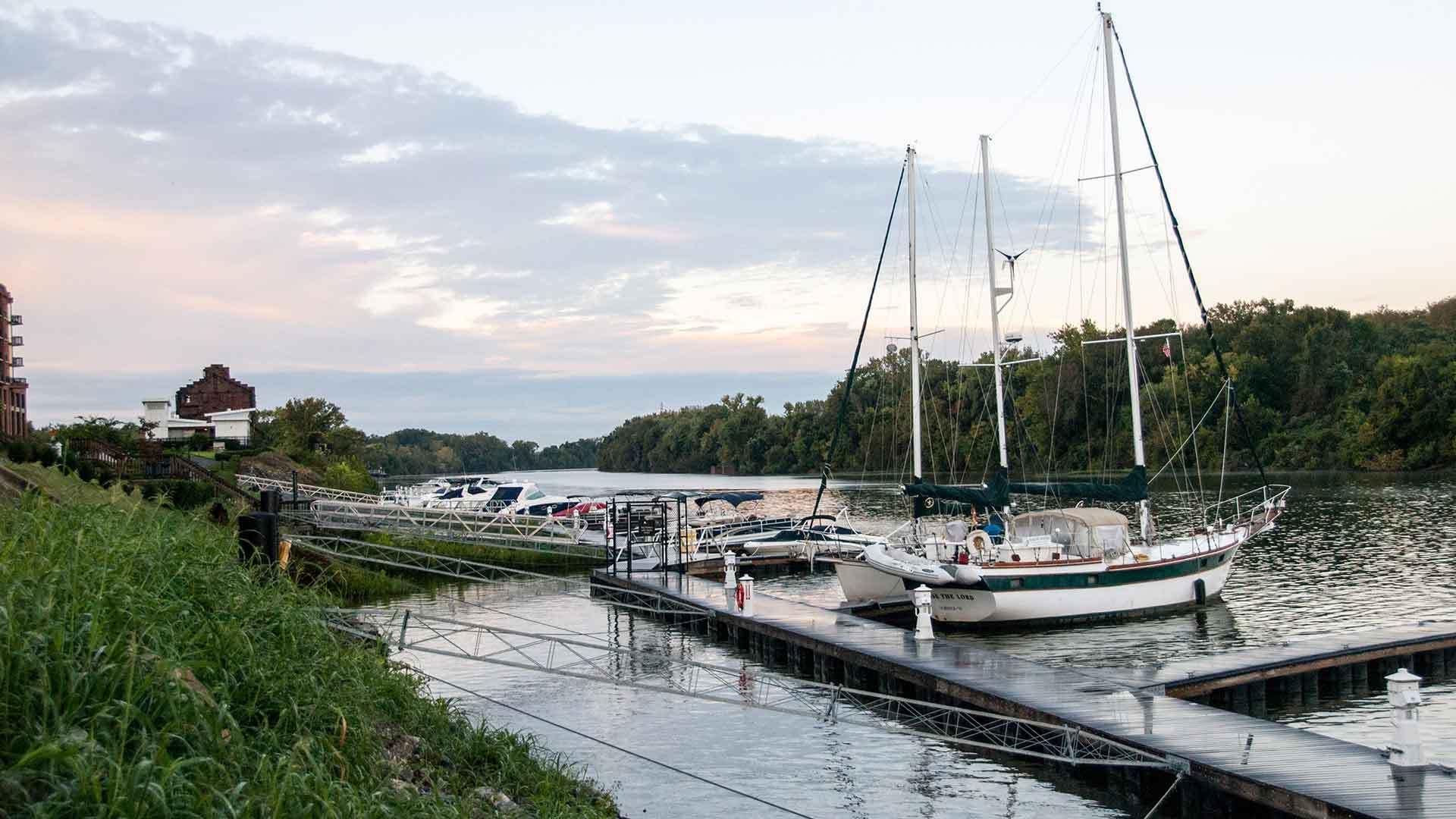 Riverside at Rocketts Landing,23231