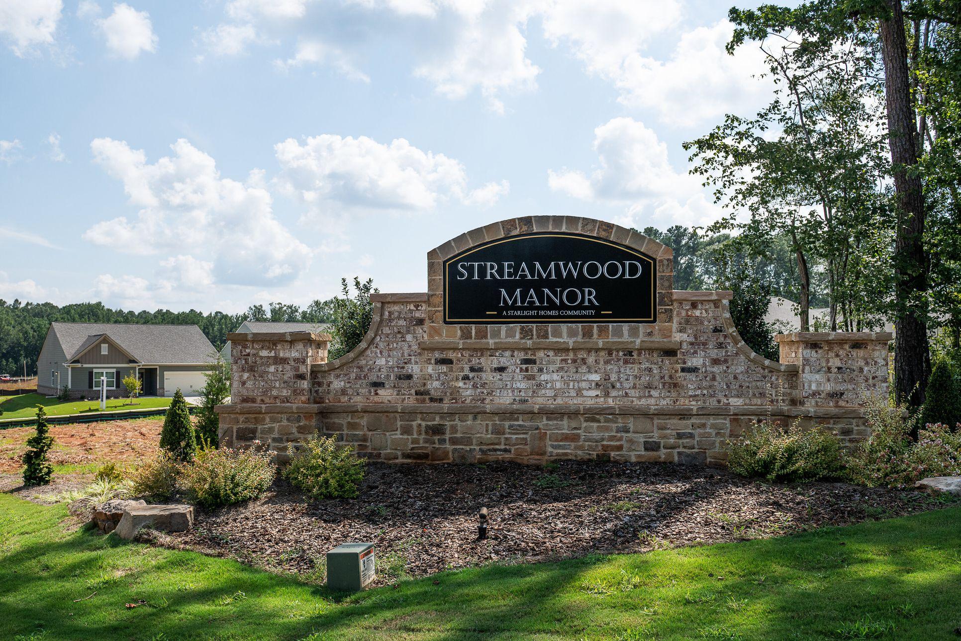 Streamwood Manor,30016
