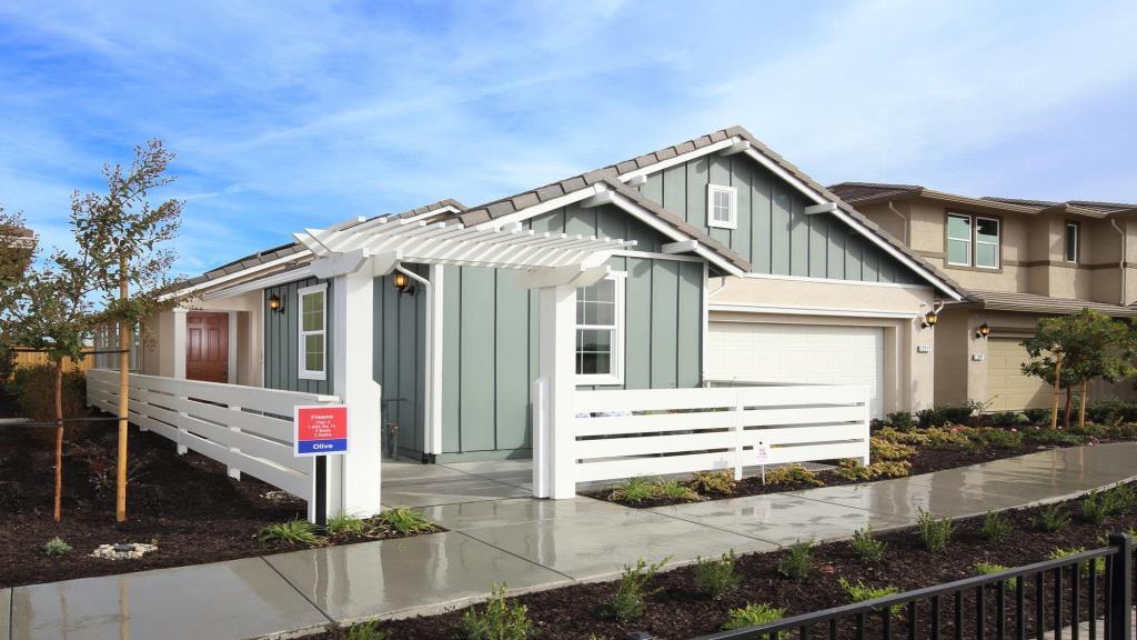 Fresno Model Home Exterior