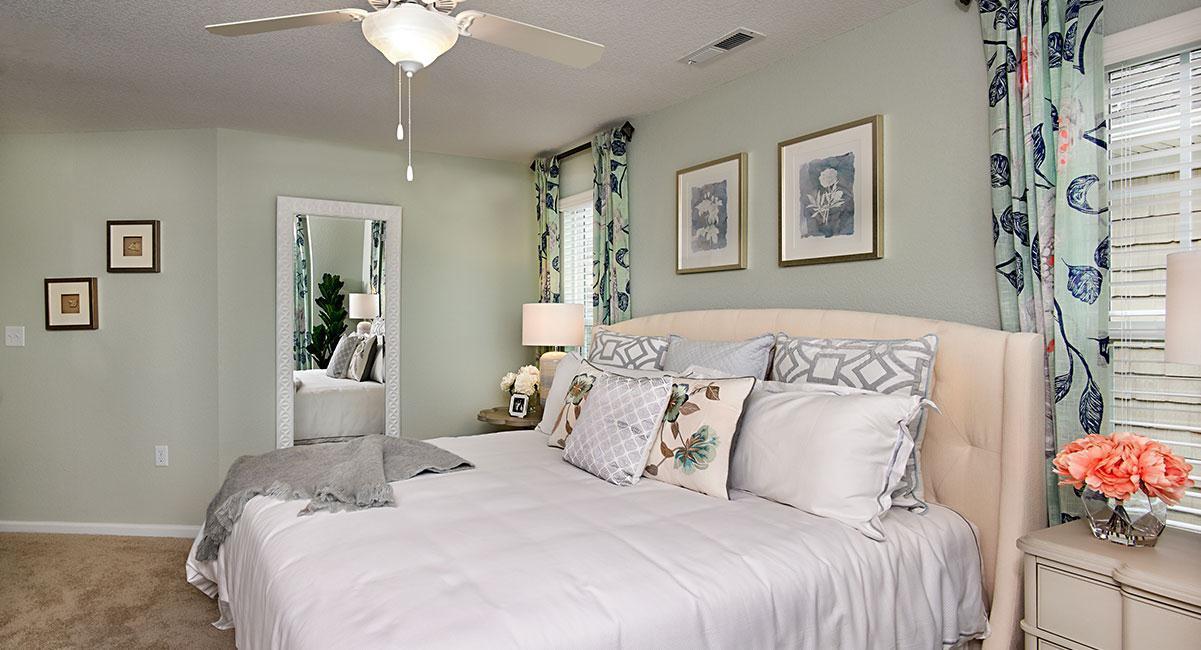 Bedroom:The Buckingham