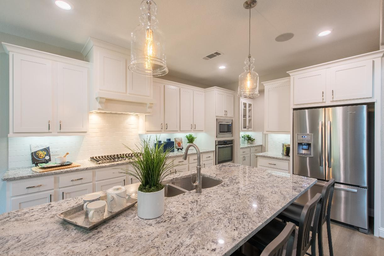 Interior Image:Well-equipped kitchen makes cooking a breeze