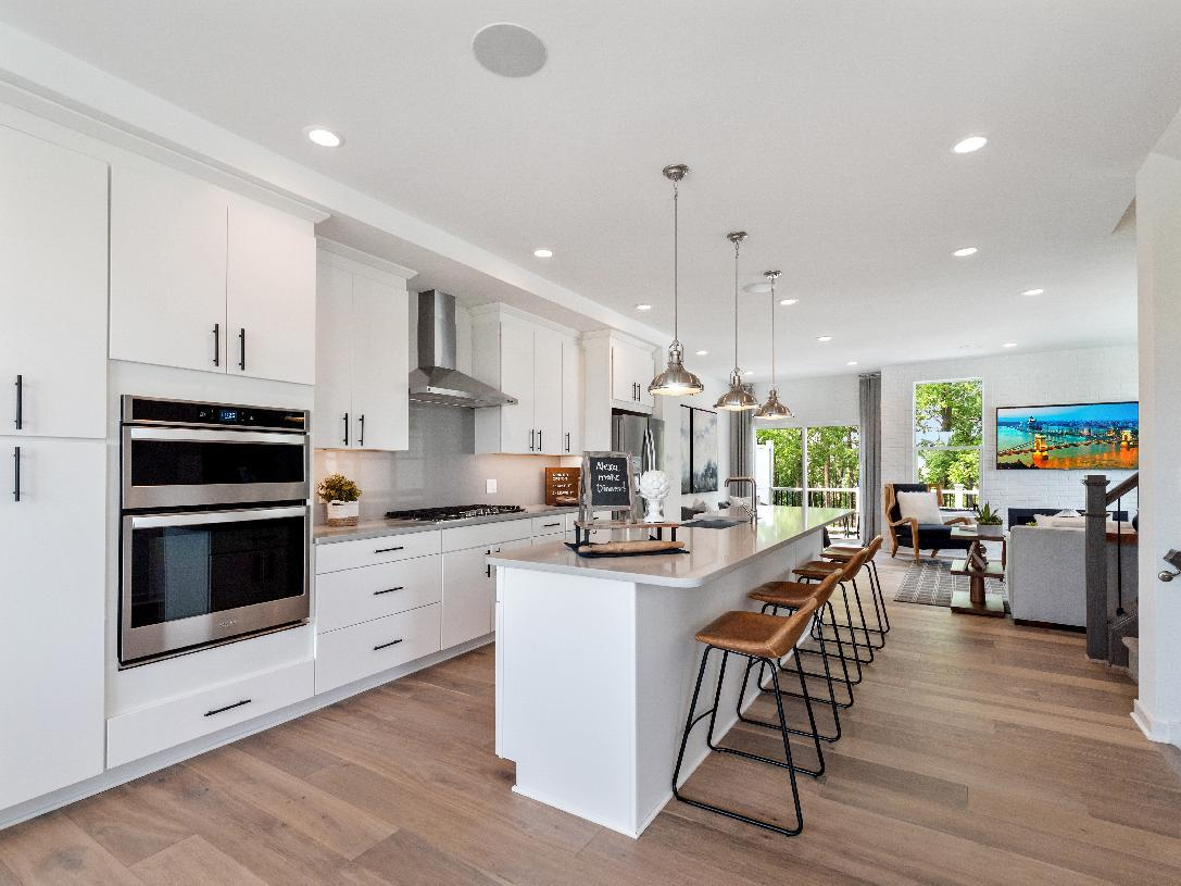 Elevation Image:Gorgeous gourmet kitchen with large center island