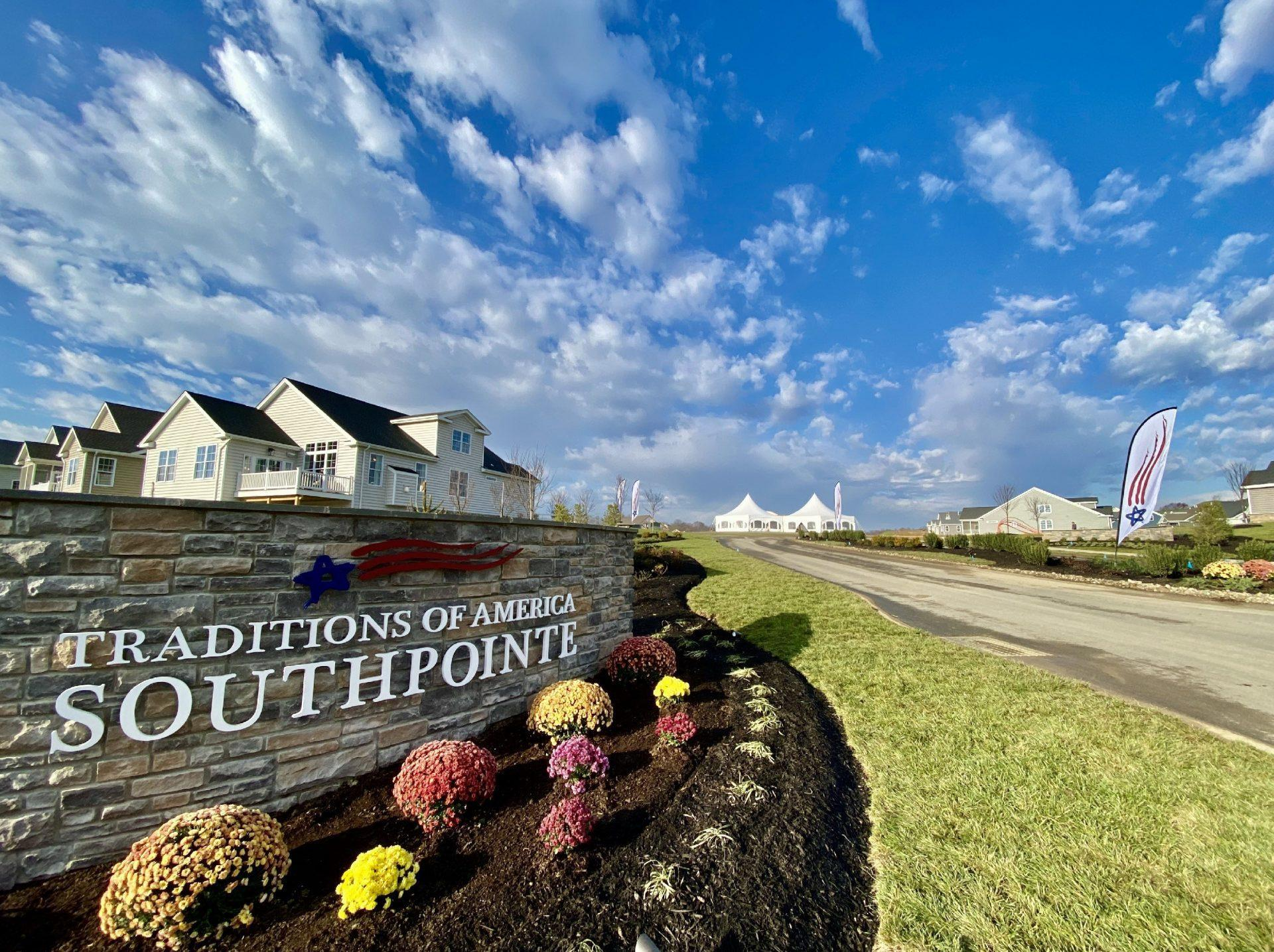 Traditions of America at Southpointe:Community Entrance