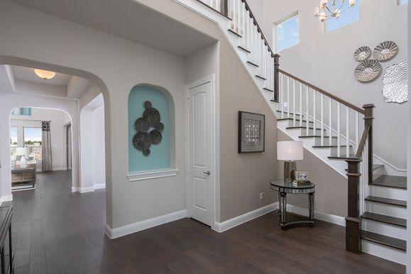 Miramonte Model Home Entry:13714 Fernando Road | Sawyer Model Home | Foyer