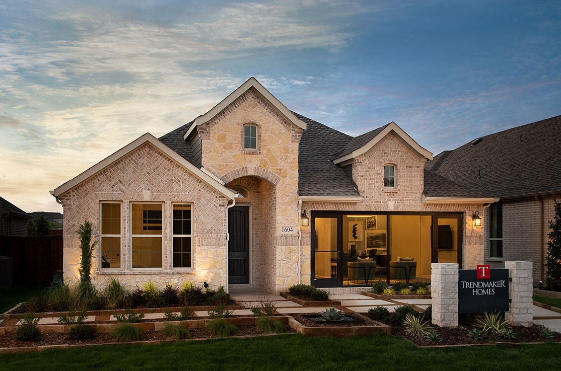 TM Gateway2 2015:Mila Model Home | Front Exterior