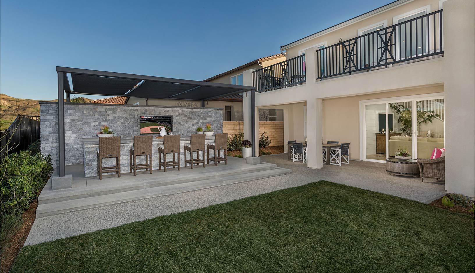 Exterior:Residence 3 - Backyard