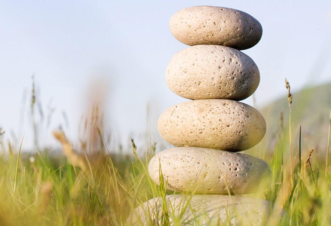 Rocks And Grass 1114x761