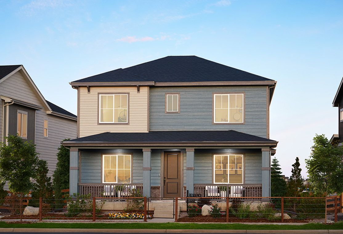 TPH-residence-TriPointe_Reunion_Res3202_Porch-Ligh:Residence 3202 Model Home   Modern Prairie Style Exterior
