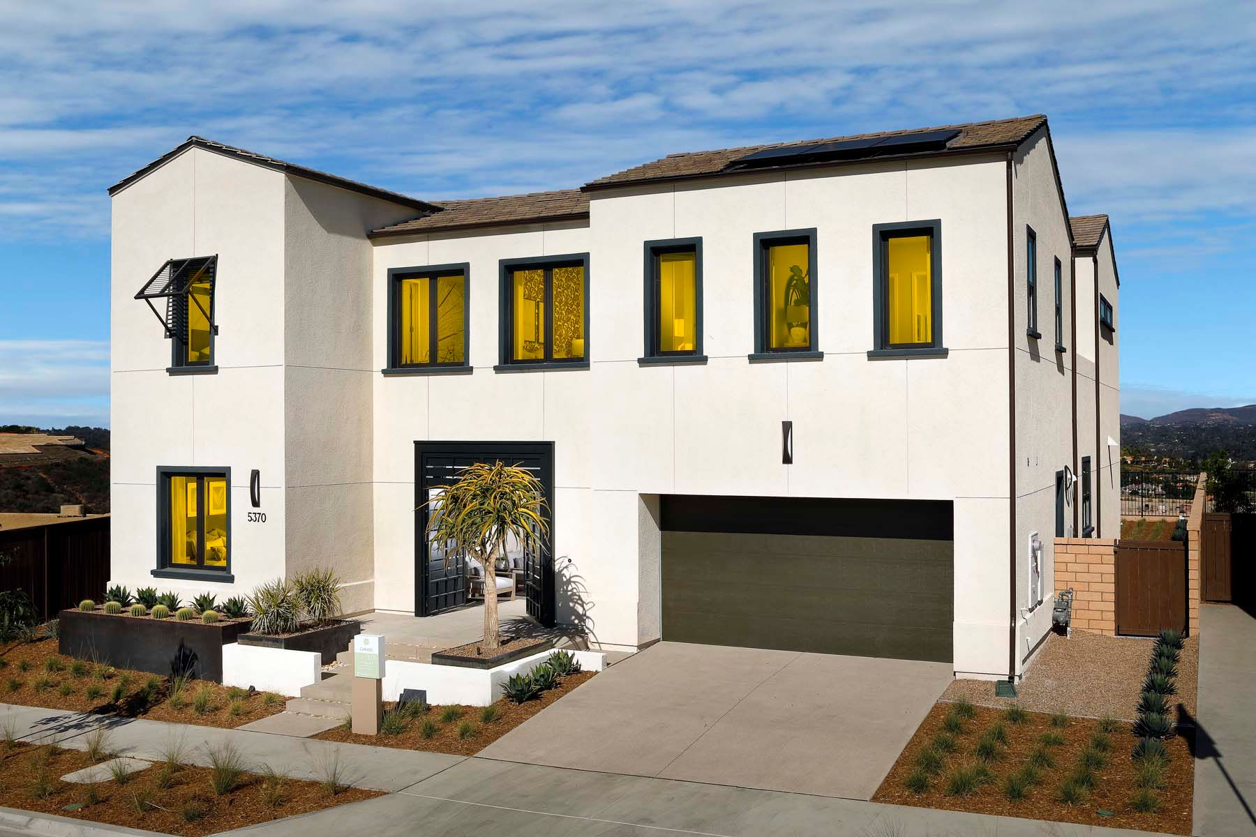 PDH-residence-PRD-Carmel3c-ExtR:Carmel - Plan 3 - Front Exterior