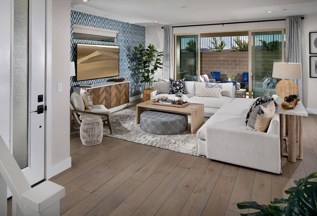 LATITUDE PLAN 3:Great Room