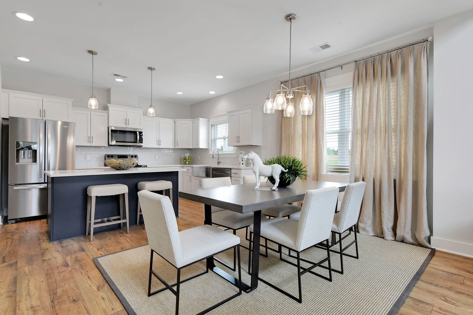 The Edisto Kitchen and Dining Space:The Edisto Kitchen and Dining Space