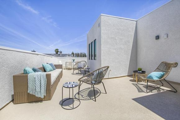 Skye 22:This home features an expansive rooftop deck.