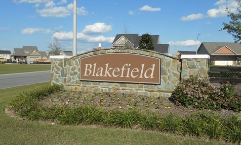 Blakefield:Entrance to neighborhood