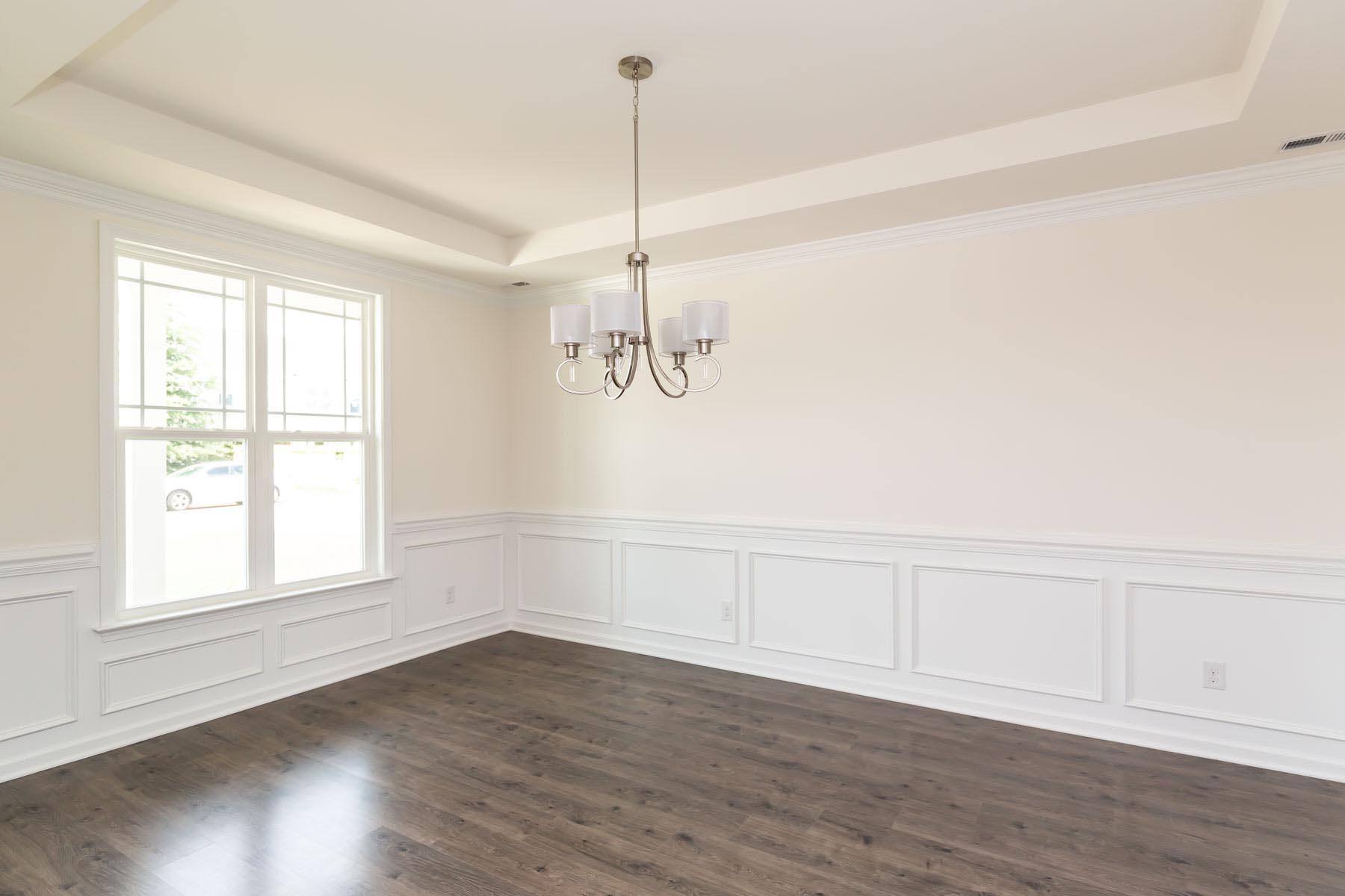 Dining Room:The Monteray III