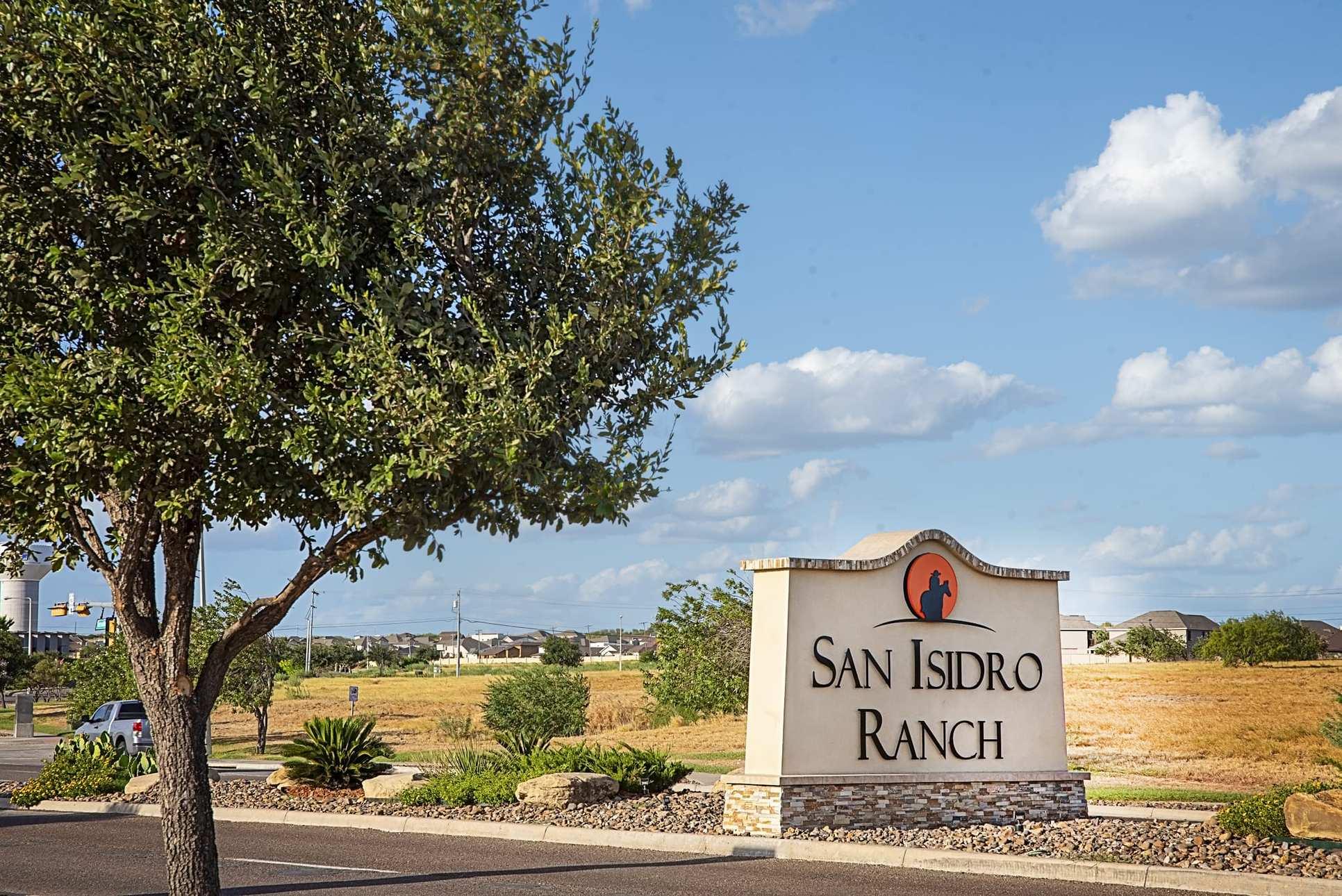 San Isidro Ranch,78041