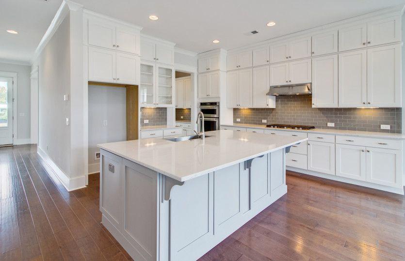 Foster:Beautiful Kitchen