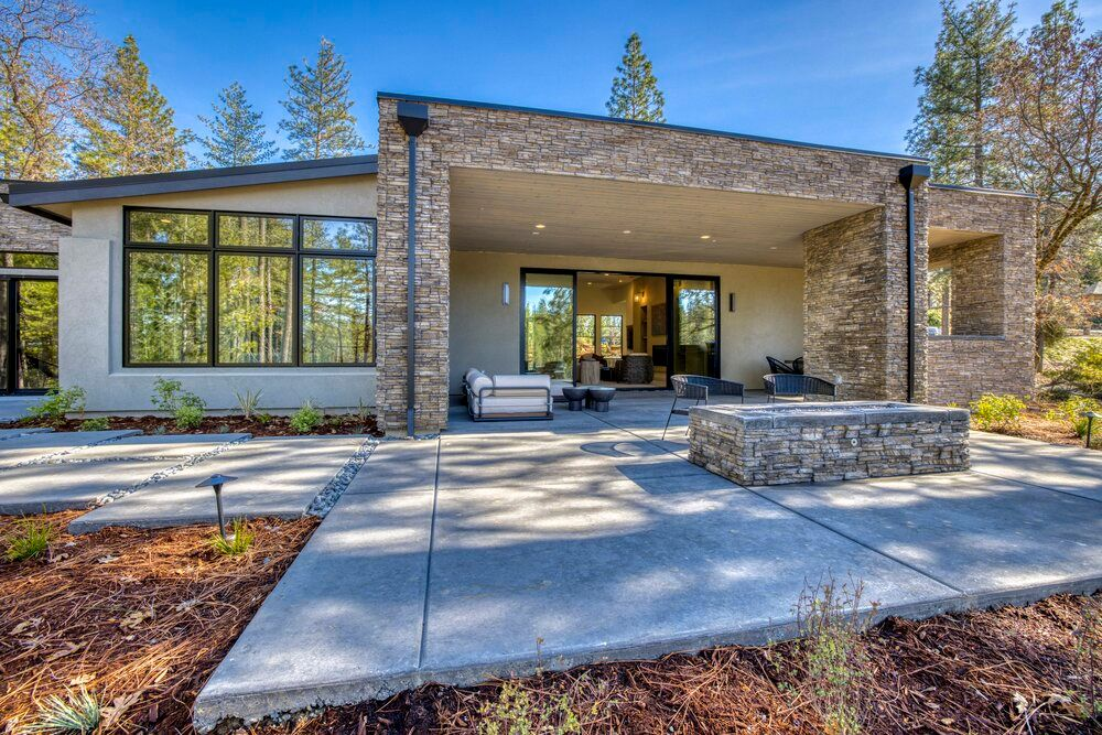 1545 Ridgemore Dr.-Winchester Country Club